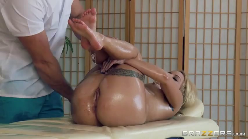 anal-s-massazhistom-video